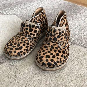 Petit Nord leopard pony hair desert boot, omg!!!